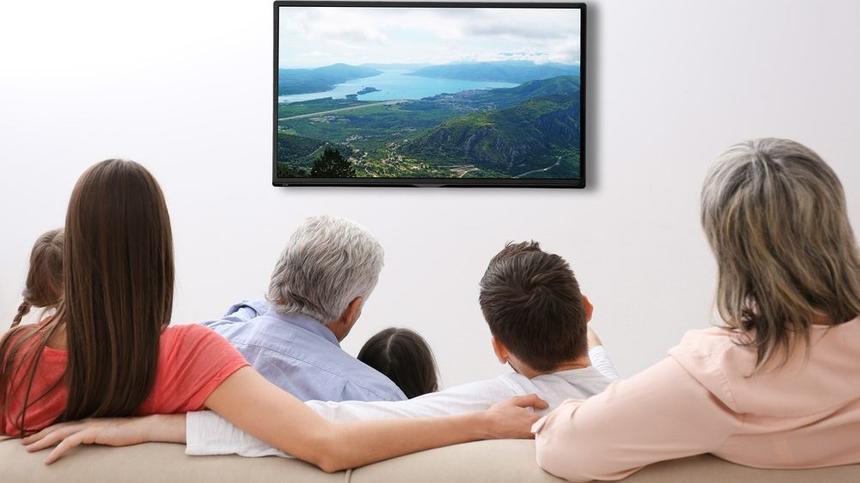 Aus Rücksicht auf die eigene Gesundheit sollte man die Zeit vor TV und PC nicht übertreiben.