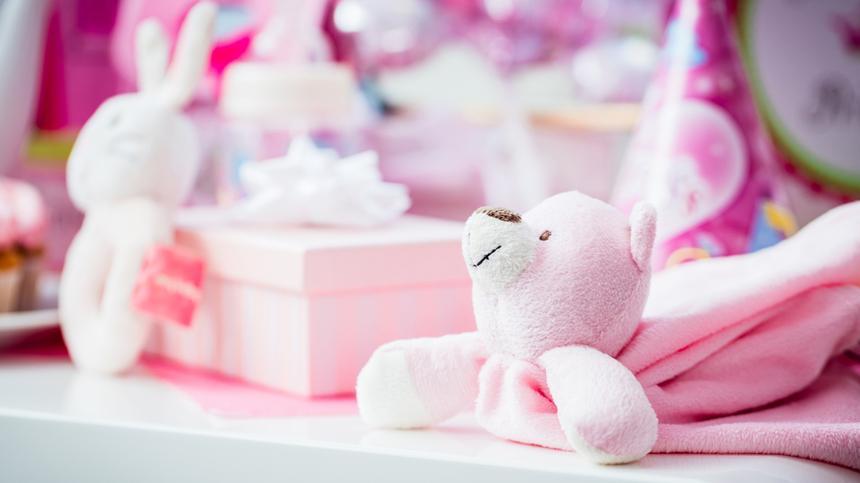 Möchtest du ein Baby-Geschenk verpacken? Wir zeigen dir die schönsten Inspirationen.