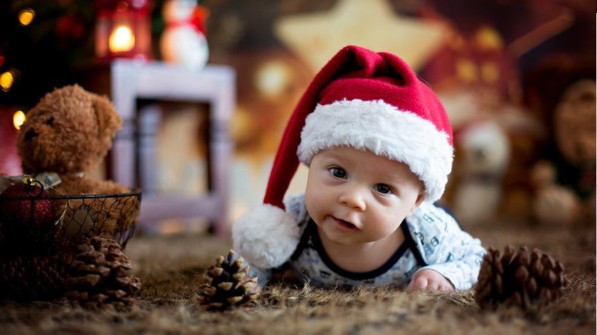 Für alle Köpfe: So kannst du eine Weihnachtsmütze basteln