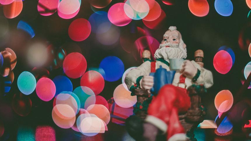 Christkind oder Weihnachtsmann? Die Frage spaltet viele an Weihnachten.