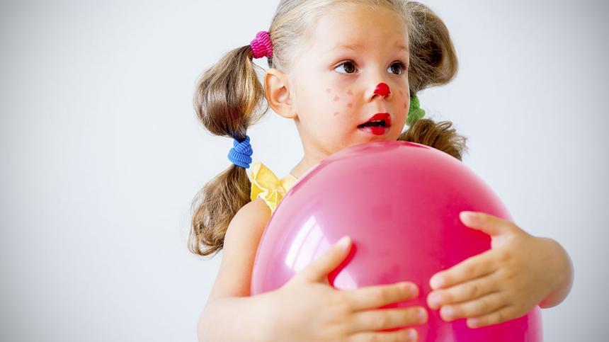 10 Faschingsspiele mit Luftballons und Clowns-Nasen