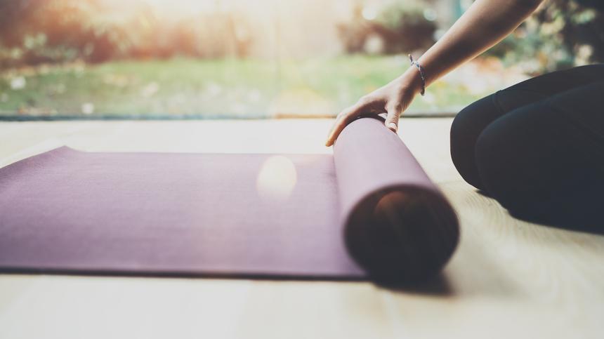 Beckenbodentraining ist nicht nur wichtig während der Schwangerschaft, sondern auch als Teil der Rückbildungsgymnastik.