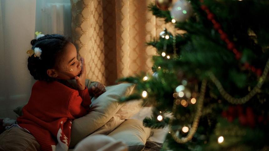 Für Kinder ist die Weihnachtszeit eine aufregende Zeit voller Fragen.