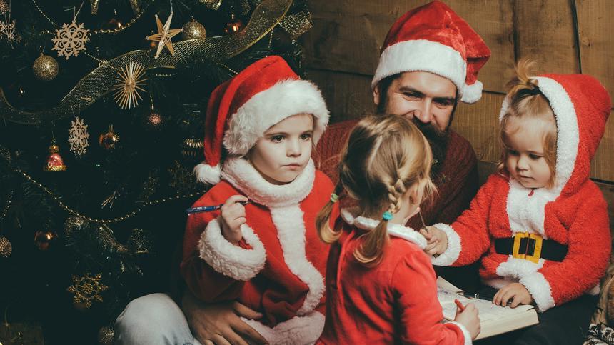 Warum Eltern so lange an der Weihnachtsmann-Lüge festhalten