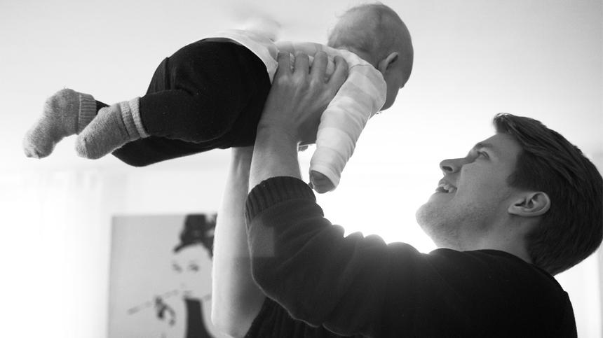 Markus Noldes und seine 2017 geborene Tochter