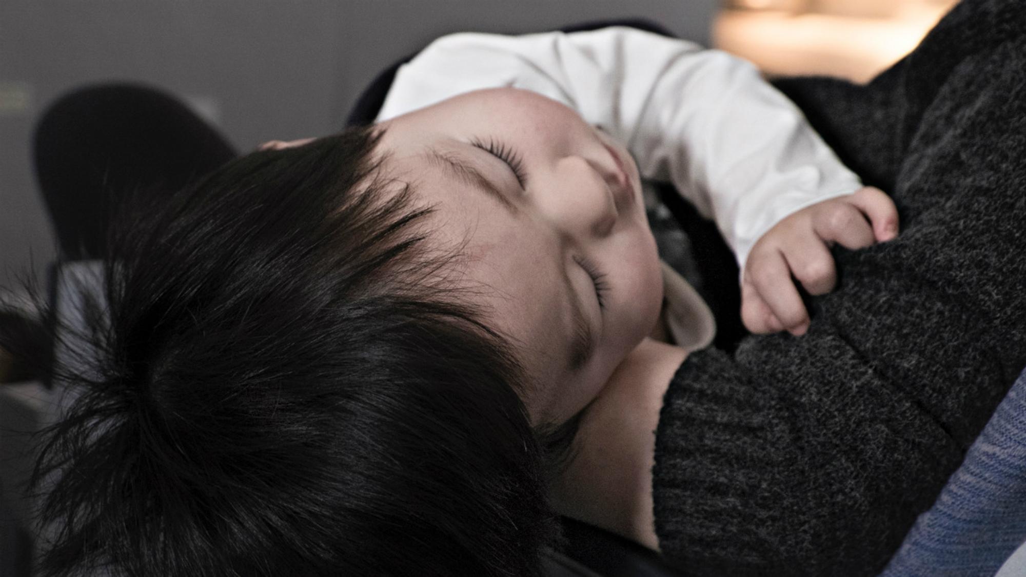 Pfeiffersches Drüsenfieber bei Kindern - Die stille Krankheit