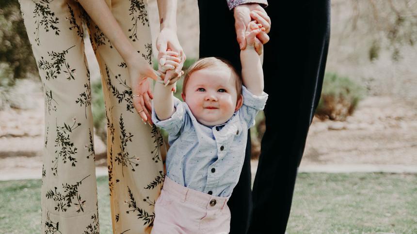 Wenn Babys laufen lernen, ist das eine aufregende Zeit.