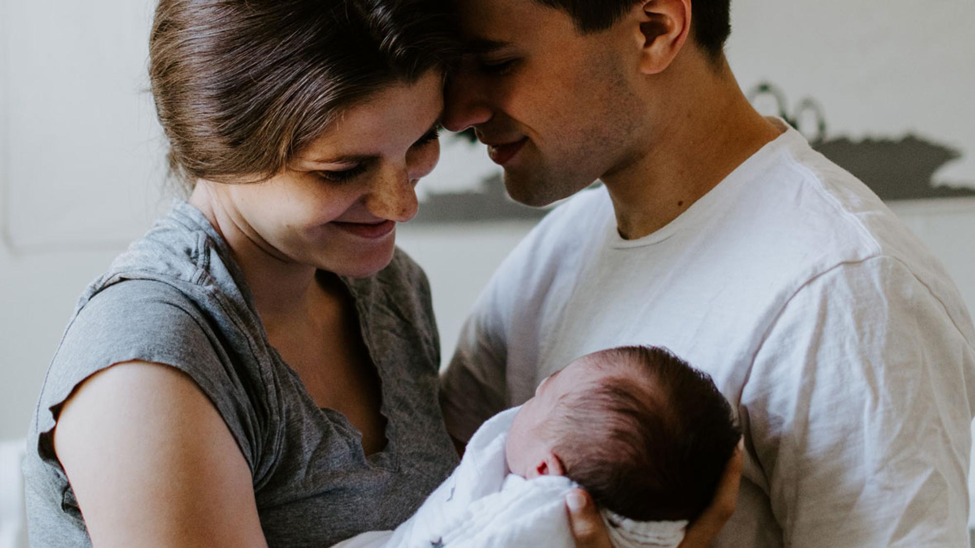 200+ schöne Sprüche zur Geburt: Glückwünsche für die Geburtsanzeige