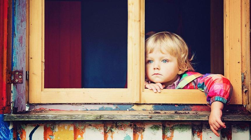 Krisen im Kindesalter sind wichtig für die Persönlichkeitsentwicklung - so kannst du dein Kind unterstützen