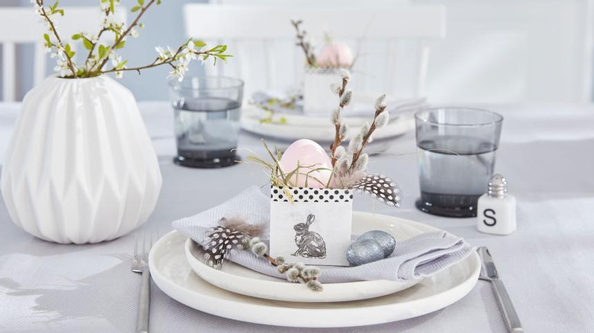 Du willst ein Osterkörbchen basteln? Dann haben wir hier ein paar tolle Ideen und Anleitungen gesammelt, mit denen du ein Osternest basteln kannst.