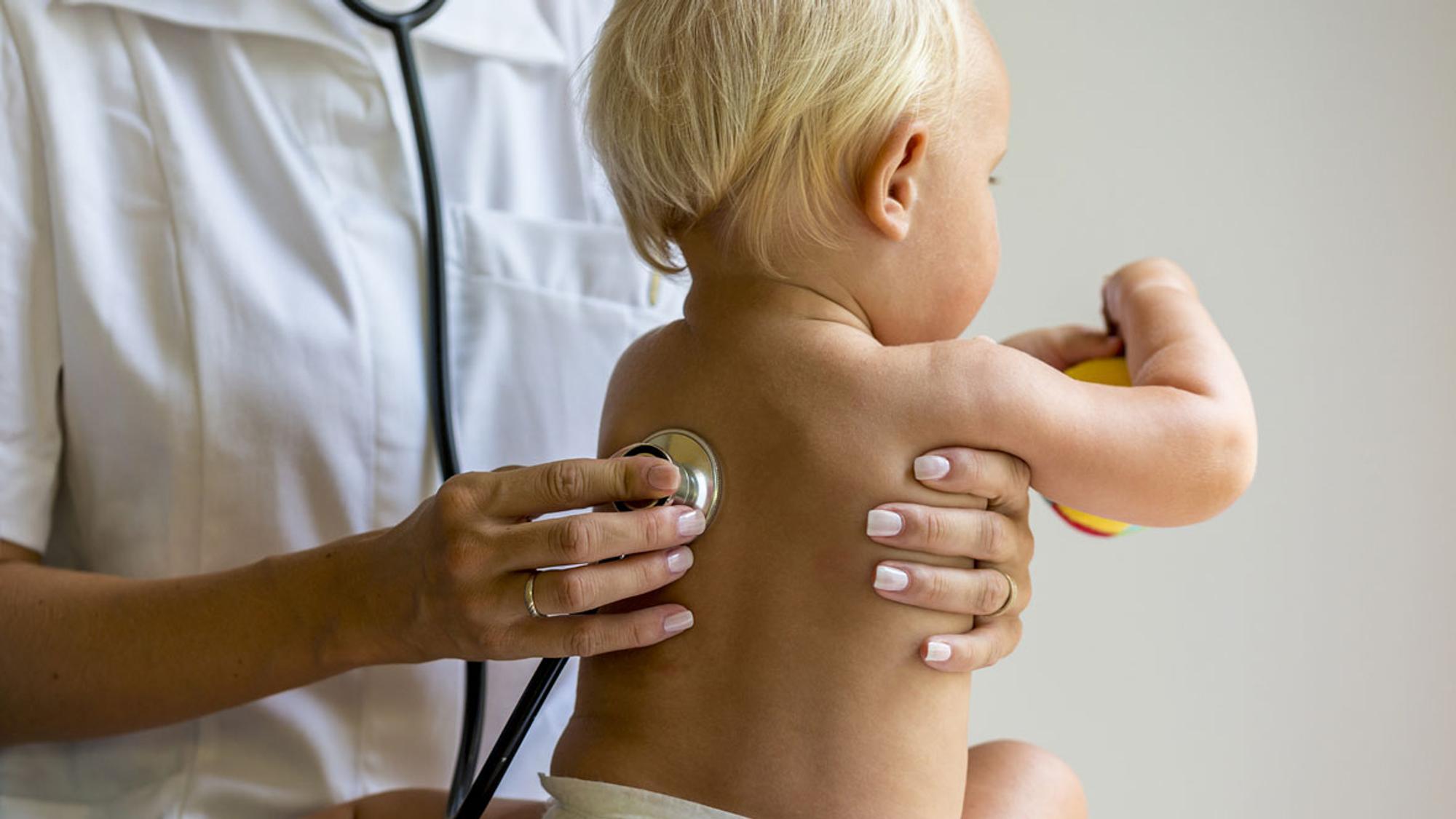 Keuchhusten: Kinder zeigen  oft keine eindeutigen Symptome