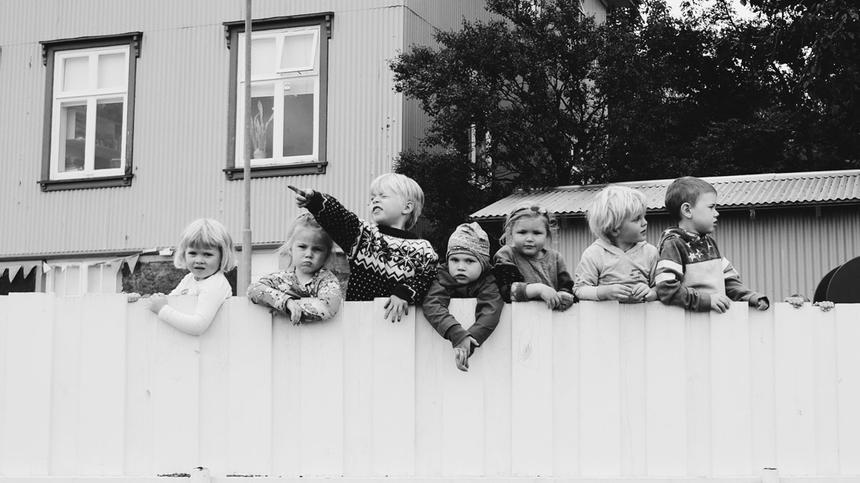 Das Leben mit vier Kindern. Weder Bullerbü nocht RTL2.