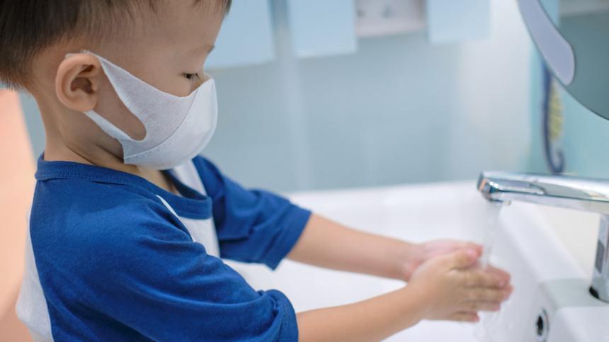 Coronavirus: Wie groß ist die Ansteckungsgefahr für Kinder?