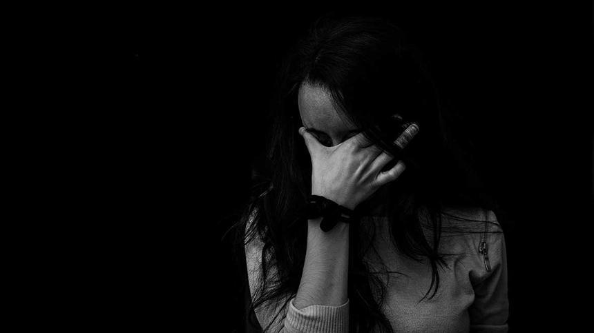 Sollte man seine Tränen lieber vor den Kleinen verbergen, um sie nicht zu verstören?