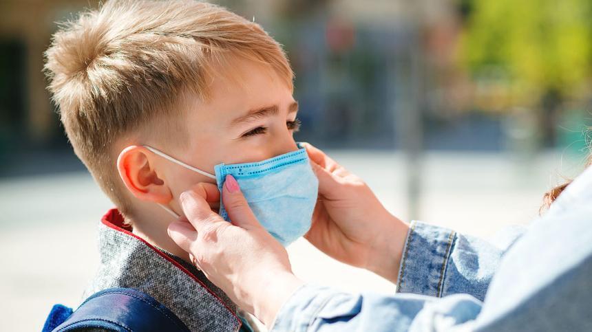 Mit unbegründeten Attesten protestieren Eltern gegen Maskenpflicht