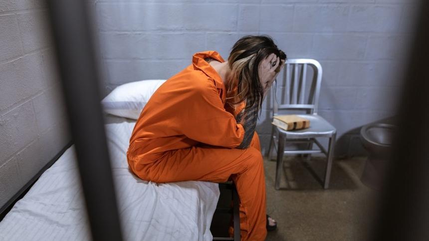 Mutter angeklagt, Tochter im Krankenhaus