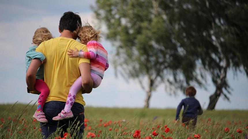 Schuppenflechte ist erblich, aber nicht alle Kinder haben Symptome